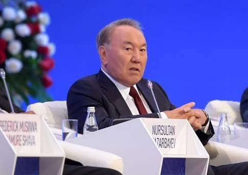 Нурсултан назарбаев: казахстан реализует меры по снижению зависимости экономики от сырьевых ресурсов