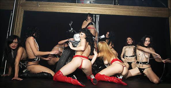 dlya-lesbiyanok-klub